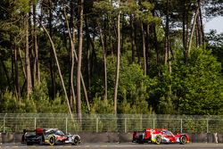 #46 Thiriet by TDS Racing ORECA 05: Tristan Gommendy, Ludovic Badey, Pierre Thiriet, #30 Extreme Spe