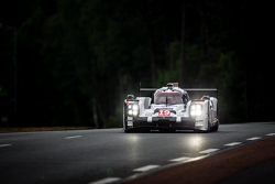 №19 Porsche Team Porsche 919 Hybrid: Нико Хюлькенберг, Ник Танди, Эрл Бамбер