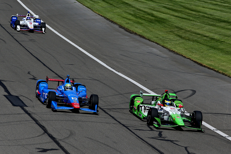 Sebastien Bourdais, KVSH Racing, und Tony Kanaan, Chip Ganassi Racing, Chevrolet
