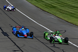 Sebastien Bourdais, KVSH Racing y Tony Kanaan, Chip Ganassi Racing Chevrolet