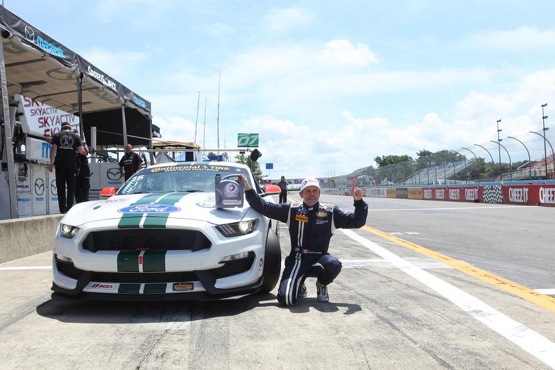 GS polesitter: #15 Multimatic Motorsports Ford Mustang Boss 302R: Scott Maxwell, Billy Johnson