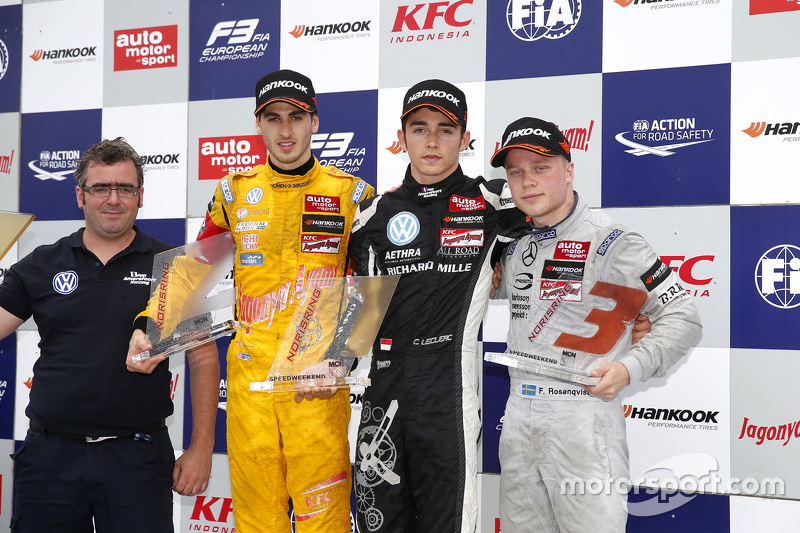 Race 1 Podium: second place Antonio Giovinazzi, Jagonya Ayam with Carlin and winner Charles Leclerc,