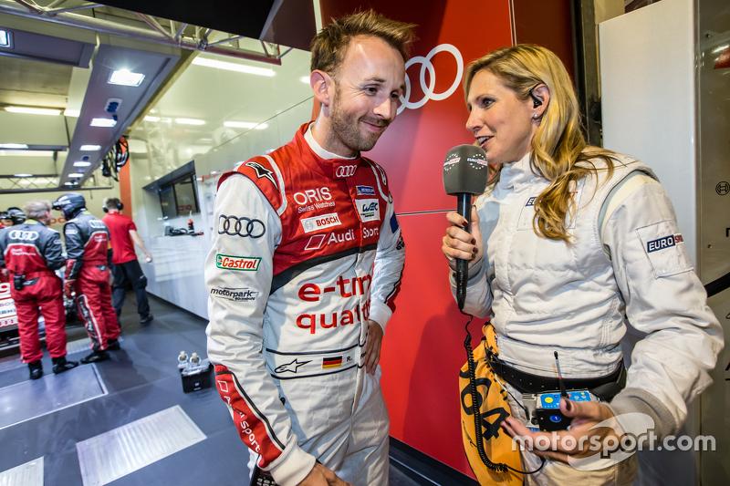 #9 Audi Sport Team Joest Audi R18 e-tron quattro: René Rast diwawancarai oleh Liz Halliday