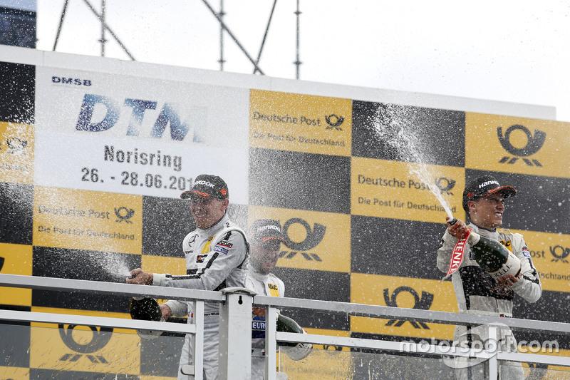 Podium: Robert Wickens, HWA AG, Mercedes-AMG C63 DTM, und Pascal Wehrlein, HWA AG, Mercedes-AMG C63