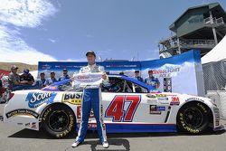 Pole-Sitter: A.J. Allmendinger, JTG Daugherty Racing, Chevrolet