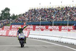 Pole sahibi Valentino Rossi, Yamaha Fabrika Takımı