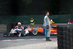 Pietro Fittipaldi, Fortec Motorsports, Dallara Mercedes-Benz, und Kang Ling, Mücke Motorsport, Dalla