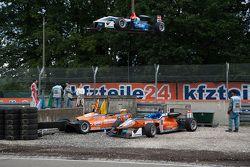 Pietro Fittipaldi, Fortec Motorsports Dallara Mercedes-Benz; Michele Beretta, Mücke Motorsport Dalla