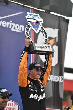 Le vainqueur Graham Rahal, Rahal Letterman Lanigan Racing