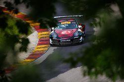 #31 EFFORT Racing Porsche 911 GT3 R: Ryan Dalziel