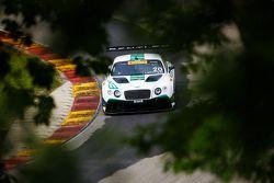Bentley Continental GT3 команды Team Dyson Racing: Батч Ляйцингер