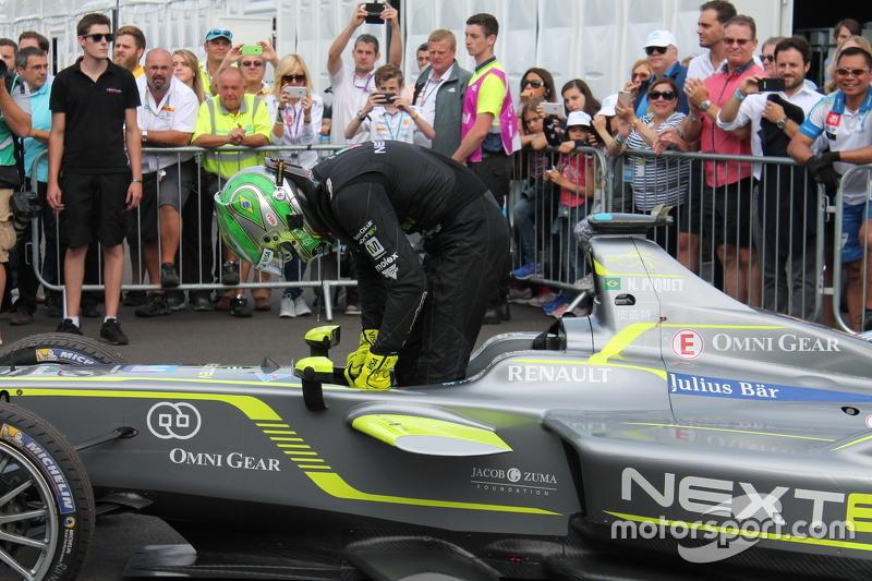 Mesmo terminando em sétimo na segunda corrida, Piquet faturou o campeonato
