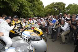John Surtees et Valentino Rossi, Yamaha Factory Racing