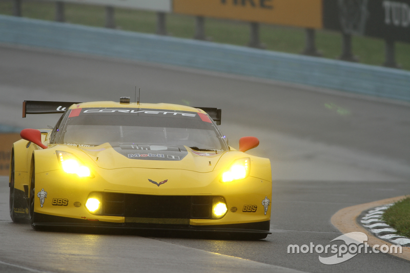 #3 Corvette Racing, Chevrolet Corvette C7.R: Jan Magnussen, Antonio Garcia