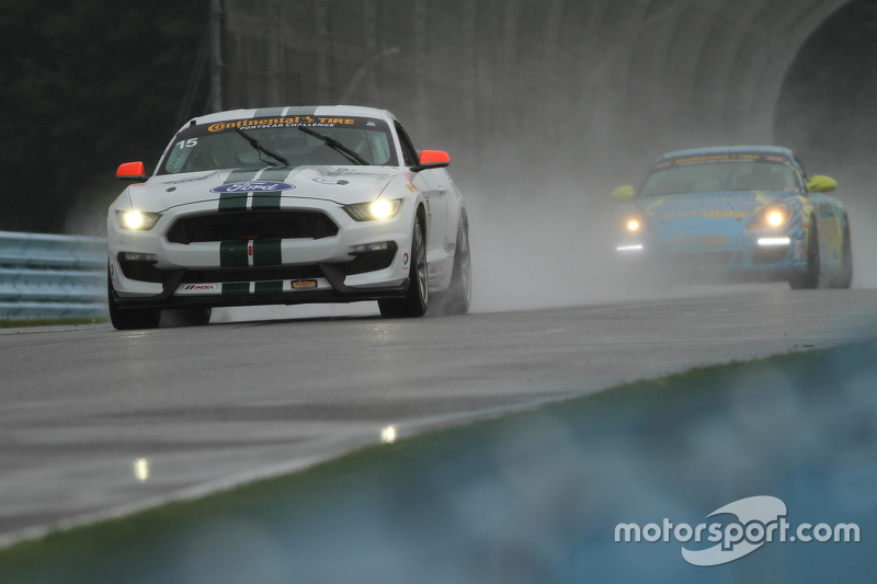 #15 Multimatic Motorsports, Ford Mustang Boss 302R: Scott Maxwell, Billy Johnson