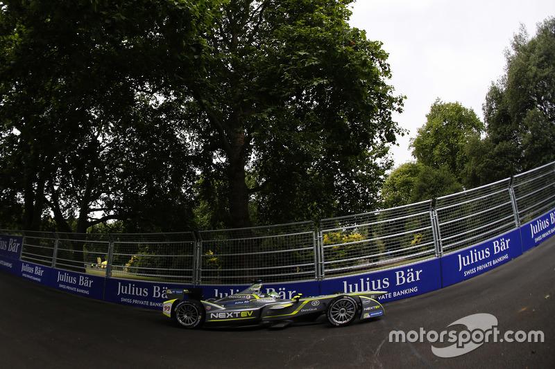 Nelsinho Piquet, da China Racing, foi o primeiro campeão da Fórmula E