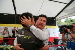 China Racing fête le titre
