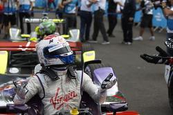 Race winner Sam Bird, Virgin Racing