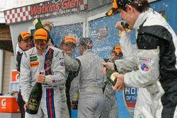 Podium: Champagner-Feier