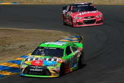 Kyle Busch, Joe Gibbs Racing Toyota and Kurt Busch, Stewart-Haas Racing Chevrolet
