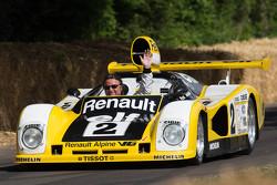 René Arnoux en el Renault Alpine A442