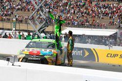 Vincitore Kyle Busch, Joe Gibbs Racing Toyota