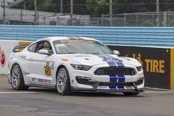 #158 Multimatic Motorsports, Ford Mustang Boss 302R: Jade Buford, Austin Cindric