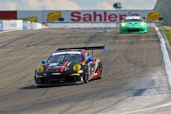 #73 Park Place Motorsports, Porsche 911 GT America: Patrick Lindsey, Spencer Pumpelly