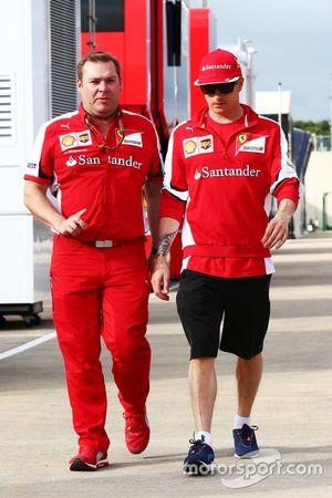Dave Greenwood, engenheiro de corrida da Ferrari com Kimi Raikkonen, Ferrari