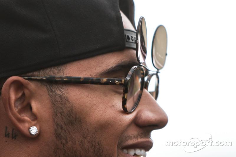 Lewis Hamilton, Mercedes AMG F1, neue Sonnenbrille