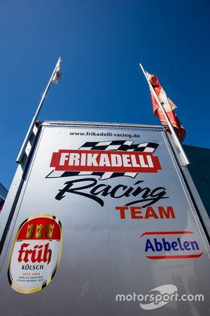 Frikadelli Racing transporter