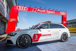 Audi race management car