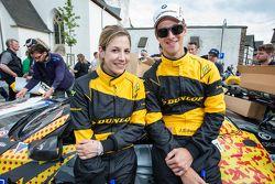 #17 Walkenhorst Motorsport BMW Z4 GT3: Michela Cerruti, John Edwards