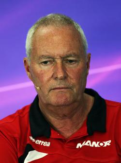 John Booth, Manor F1 Team teambaas in de FIA persconferentie