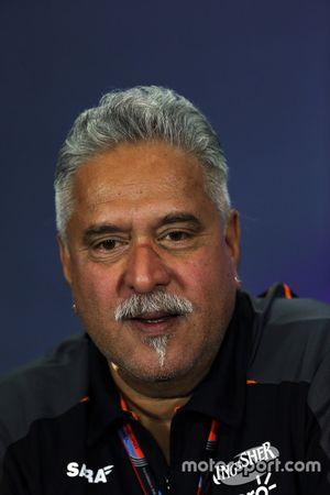 Dr. Vijay Mallya, dono da Sahara Force India F1 Team na coletiva de imprensa da FIA