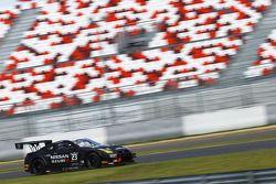 #23 Nissan GT Academy Team RJN Nissan GT-R Nismo GT3: Mark Shulzhitskiy, Nick Hammann
