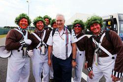 Pat Symonds, Williams diretor técnico da Williams com Oompa Loompas