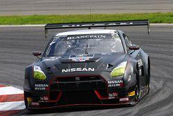 #23 Nissan GT Academy Team RJN Nissan GT-R Nismo GT3 : Mark Shulzhitskiy, Nick Hammann