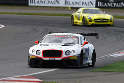 #83 Bentley Team HTP Bentley Continental GT3: Макс ван Сплунтерен, Жюль Шимковяк