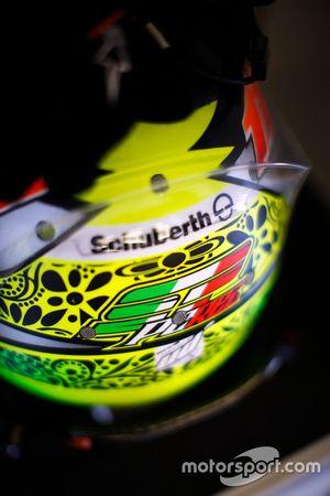 O capacete de Sergio Perez, Sahara Force India F1