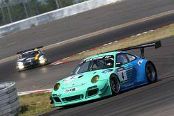 #4 Falken Motorsports Porsche 911 GT3 R: Alexandre Imperatori, Peter Dumbreck