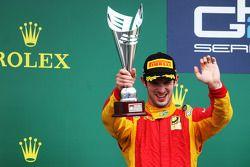 Podio: Segundo lugar Alexander Rossi, Racing Engineering
