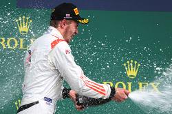 Ganador de la carrera Sergey Sirotkin, Rapax