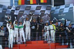 Podio: ganadores de la carrera de Albert von Thurn und Taxis, Nicky Catsburg
