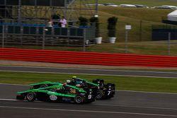 Sandy Stuvik, Status Grand Prix devant Seb Morris, Status Grand Prix et Alex Fontana, Status Grand P