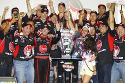 El ganador de la carrera, Austin Dillon, Richard Childress Racing Chevrolet