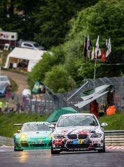#176 Sorg Rennsport, BMW 330i Coupé: Lars Jürgen Zander, René Steurer, Christian Titze, Peter Haener