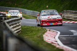 #146 Kissling Motorsport, Opel Manta: Hans-Olaf Beckmann, Volker Strycek, Peter Hass, Jürgen Schulten