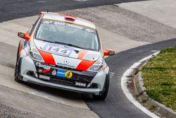 #144 Renault Clio RS: Xavier Lamadrid Sr., Massimiliano Girardo, Nicolas Abril, Xavier Lamadrid Jr.