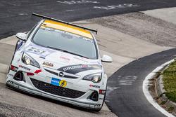 #251 Opel Astra OPC Cup: Stephan Kuhs, Bernhard Henzel, Jean-Luc Behets, Ralf Lammering_